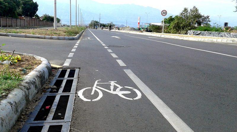 Bicicletas por la izquierda, un error fatal del SETP.