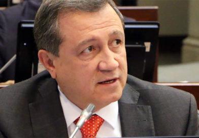 Senador Ernesto Macías cuestionó los recursos asignados para vía La Plata – Popayán.