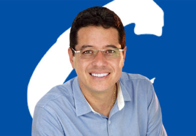 Tito Murcia acaricia la Cámara conservadora en el Huila.
