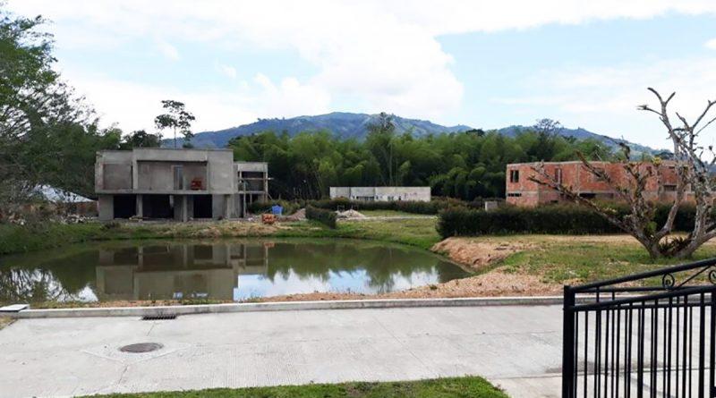 Concejales abandonaron el recinto e impidieron continuar debate a planeación municipal.