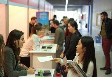 Gana becas para estudiar programas de formación en Colombia y el exterior