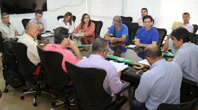 Cafeteros y la Gobernación del Huila en diálogos para solucionar crisis