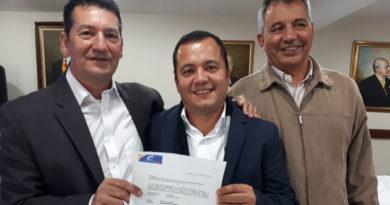 Edgar Muñoz recibe aval del partido Conservador a la alcaldía de Pitalito