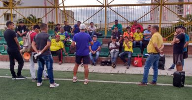 Con éxito se cumplió primer seminario teórico-práctico de fútbol del Huila