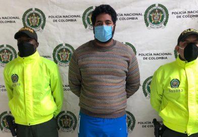 Cae presunto hacker que robó $305 millones al municipio de Garzón