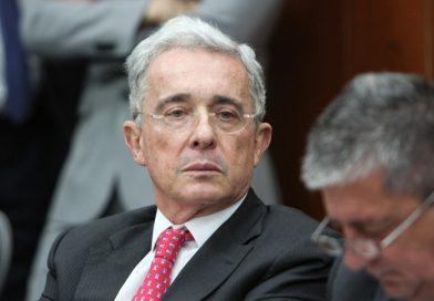Acaban de ordenar medida de aseguramiento contra Uribe Vélez