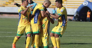 Atlético Huila ganó en casa 2-1 ante Barranquilla FC