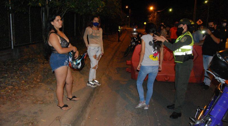 'Pillados' 100 menores violando el toque de queda en Neiva