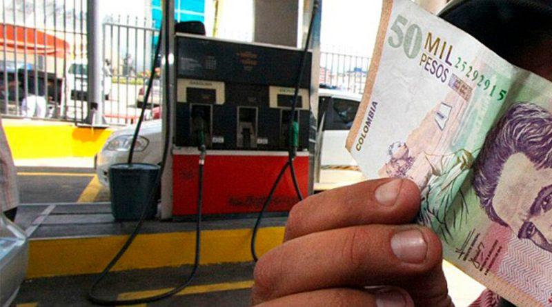 A última hora, Congreso aprobó el proyecto de sobretasa a la gasolina.