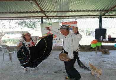 Encuentro de adultos mayores en Huila